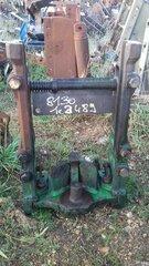 Echelle et crochet d'attelage pour JOHN-DEERE 8130