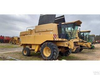 Moyeu de roue pour NEW-HOLLAND TX 36